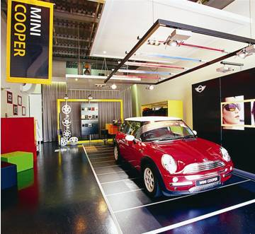 Bmw Temporary Mini Garage I At Spark Adentro Design